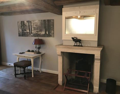 hostellerie-la-montagne-chambre-4-detail-3